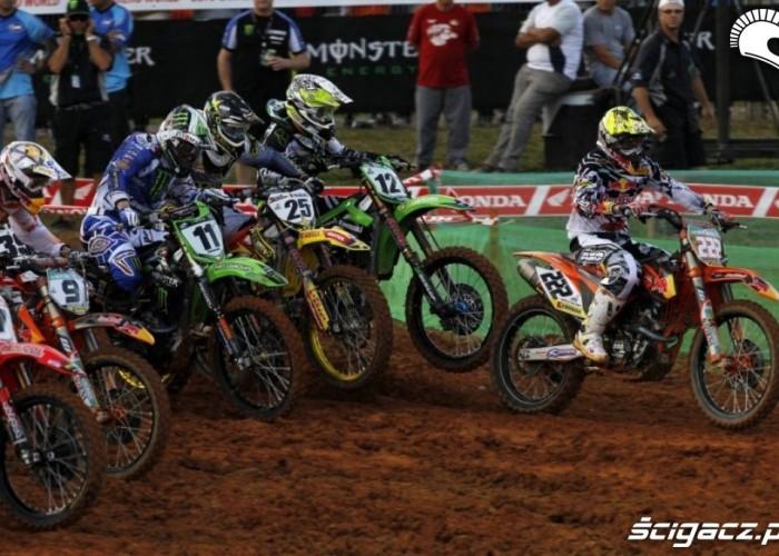 Cairoli na czele Mistrzostwa Swiata Motocross w Brazyli 2012
