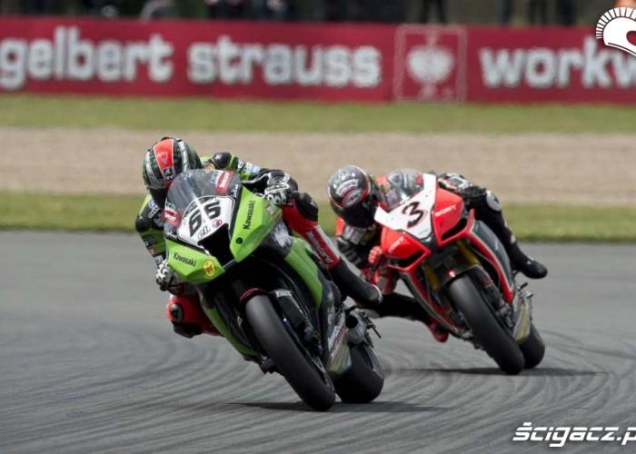 Kawasaki vs Aprilia