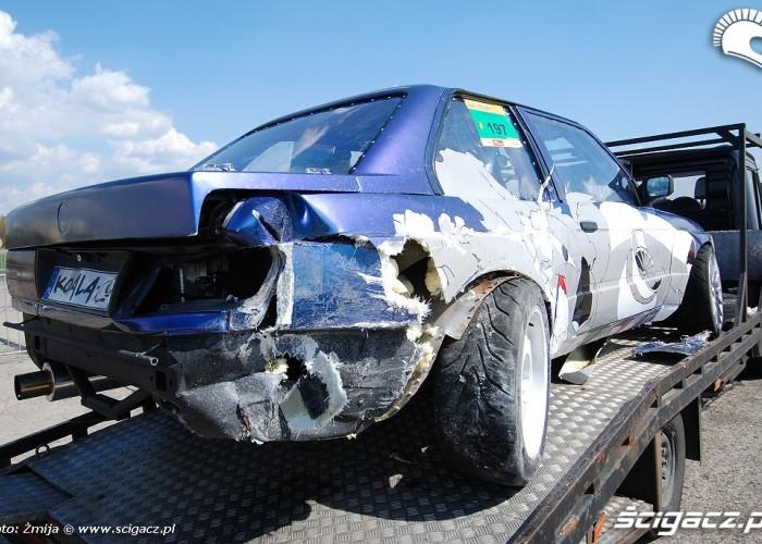 Auto driftowe po wypadku