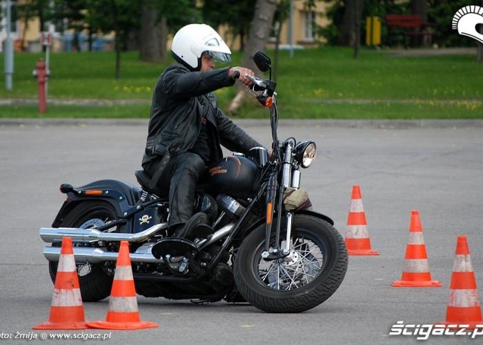 Harley-Davidson Desmomaniax Zegrze 2010