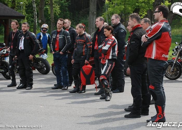 Motocyklisci na szkoleniu CSP w Legionowie