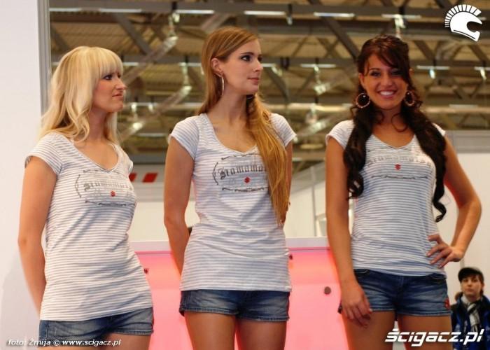 Dziewczyny Kolonia 2011 trzy kolory wlosow