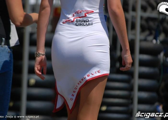 Tylek dziewczyny Brno Circuit