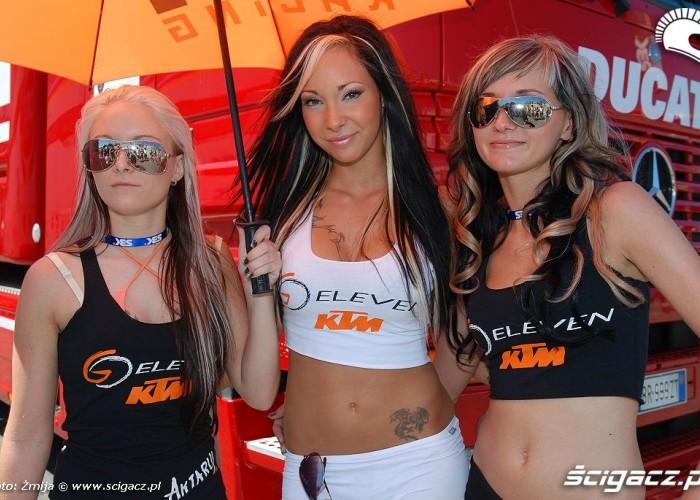 KTM hostessy Brno WSBK 2010