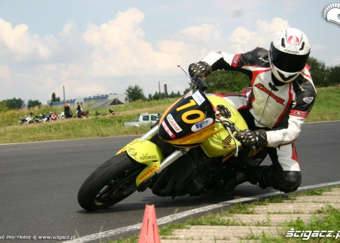 Honda Hornet Fun and Safety Pro-Motor LUBLIN