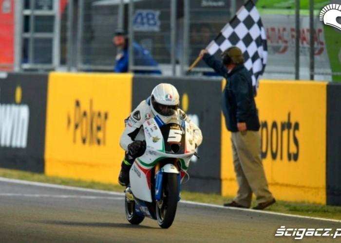 Moto3 2012 Jerez Fenati finish