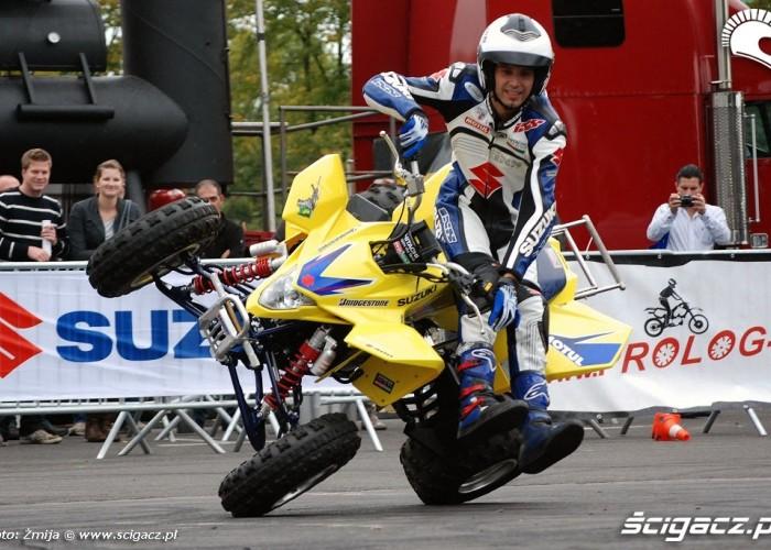 Suzuki Quad do stuntu