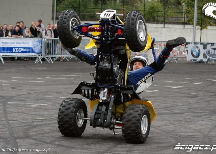 Suzuki stunt rider ATV