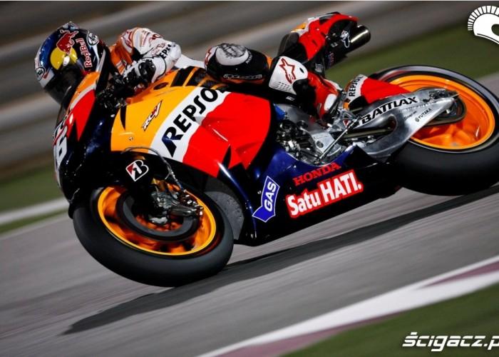 Dani wchodzi w zakret Katar Grand Prix 2012