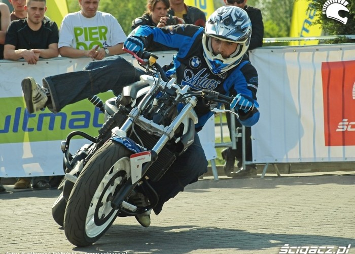 drift raptowny Poznan 2011 - Motocyklowa Niedziela Na BP