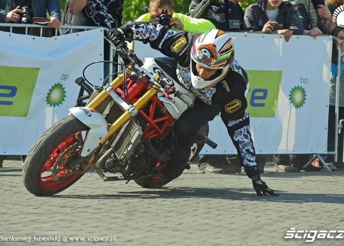 drift touchdown stunter13 Poznan 2011 - Motocyklowa Niedziela Na BP