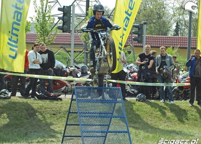 podjazd trial Poznan 2011 - Motocyklowa Niedziela Na BP