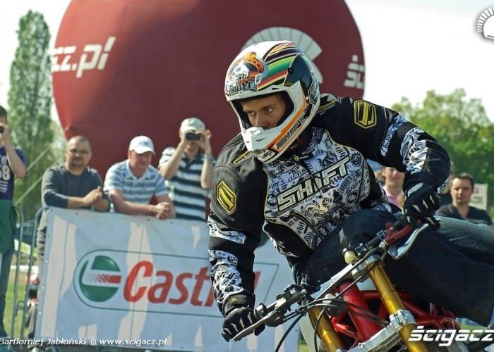 rafal stunter13 pasierbek Poznan 2011 - Motocyklowa Niedziela Na BP