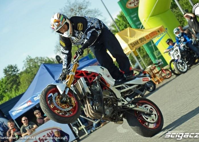 rafal wheelie Poznan 2011 - Motocyklowa Niedziela Na BP