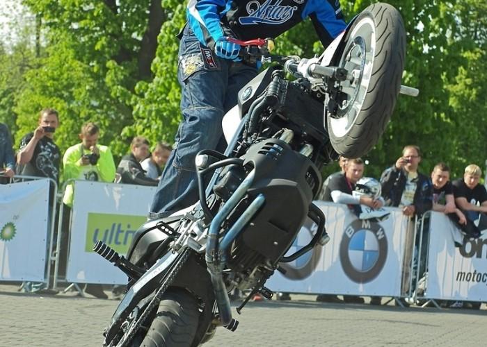 wheelie Poznan 2011 - Motocyklowa Niedziela Na BP