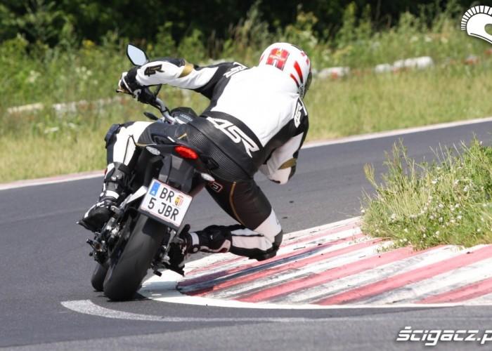 KTM Duke 125 ryfle scigacz pl