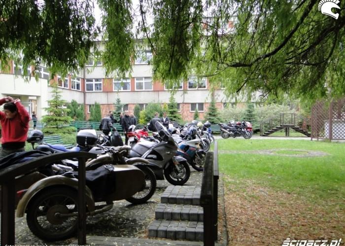 motocykle na dziedzincu - dzien dziecka w rzeszowie 2011