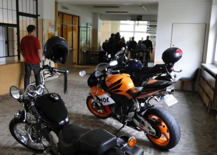motocykle pokaz dla dzieci - dzien dziecka w rzeszowie 2011