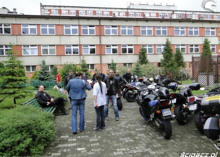 motocyklisci na dziedzincu - dzien dziecka w rzeszowie 2011