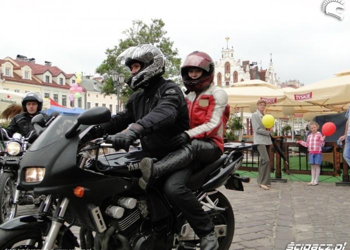 motocyklisci na rynku dzieciom - dzien dziecka w rzeszowie 2011