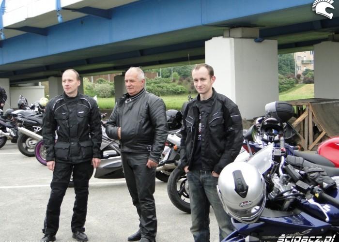motocyklisci na spotkaniu - dzien dziecka w rzeszowie 2011
