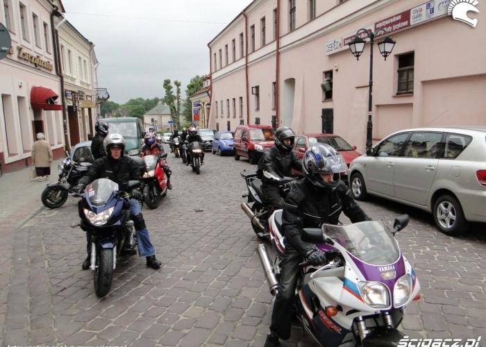 rzeszowscy motocyklisci na starym miescie - dzien dziecka w rzeszowie 2011