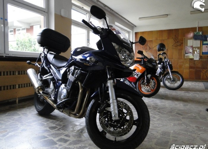 wystawa motocykli szpital - dzien dziecka w rzeszowie 2011