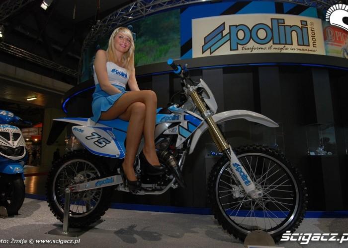 Dziewczyna offroadowka Polini