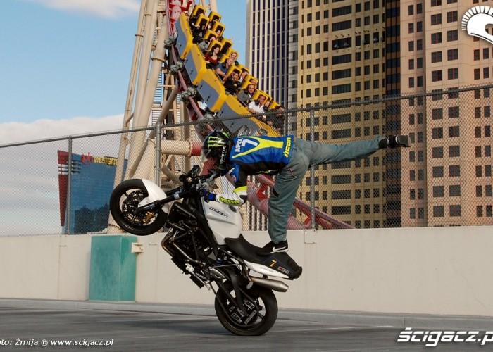 Rollercoaster i stunt Nick Apex