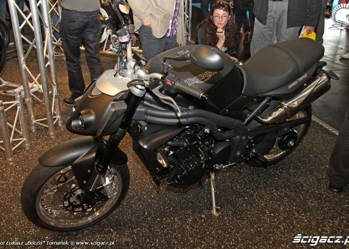 speed triple custom Osobliwosci na Intermot 2010