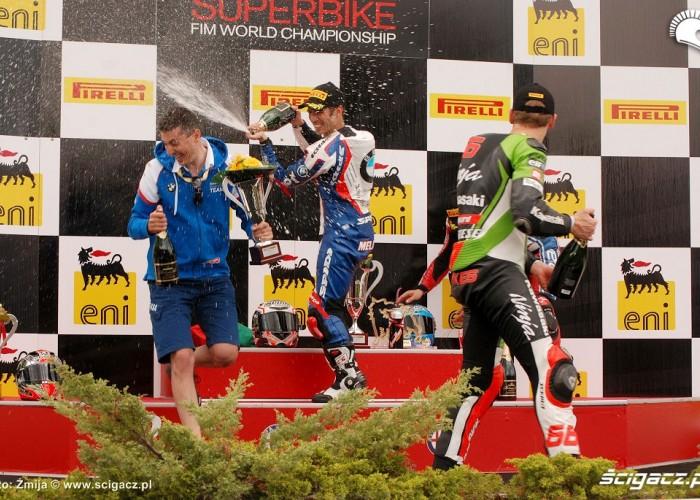 Brno podium klasy Superbike