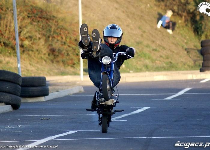 HC wheelie romet