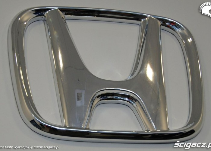 honda znak Honda Centrum Logistyczne Pniewy