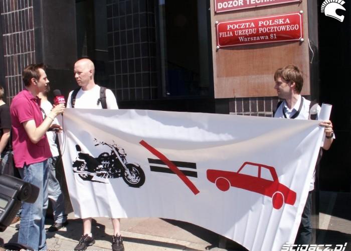 moto nie rowne auto protest przeciwko oplatom na autostradach