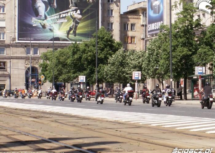 motocykle plac konstytucji protest przeciwko oplatom na autostradach