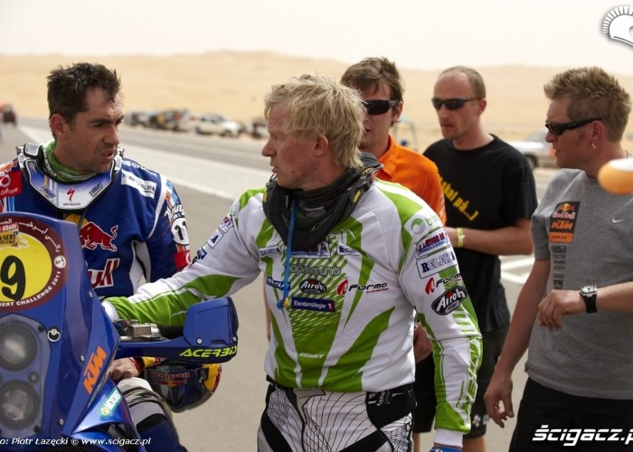 Abu Dhabi Cross Country FIM 2011 Rally (7)