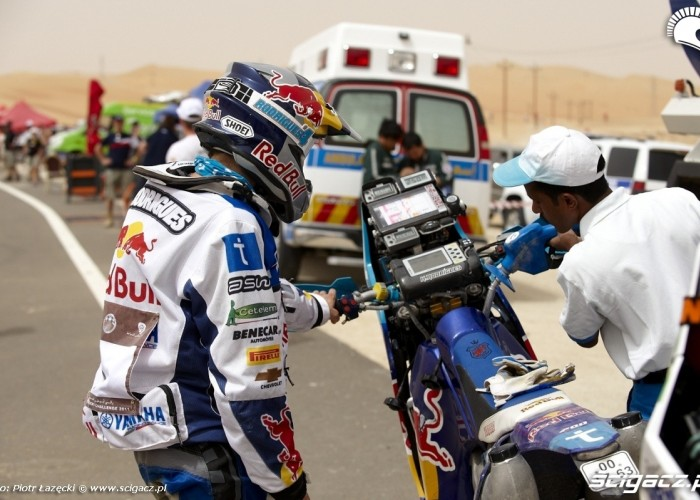 Abu Dhabi Cross Country FIM 2011 Rally (8)