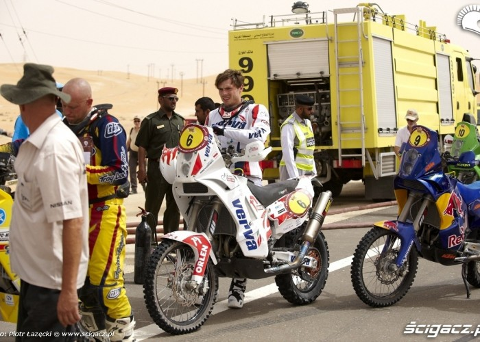 Abu Dhabi Cross Country FIM 2011 Rally (9)