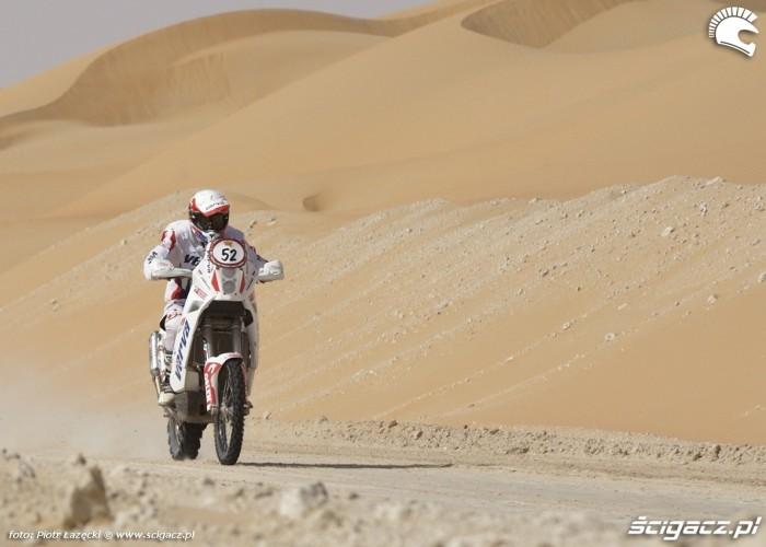 Abu Dhabi Desert Challenge 2011 (4)