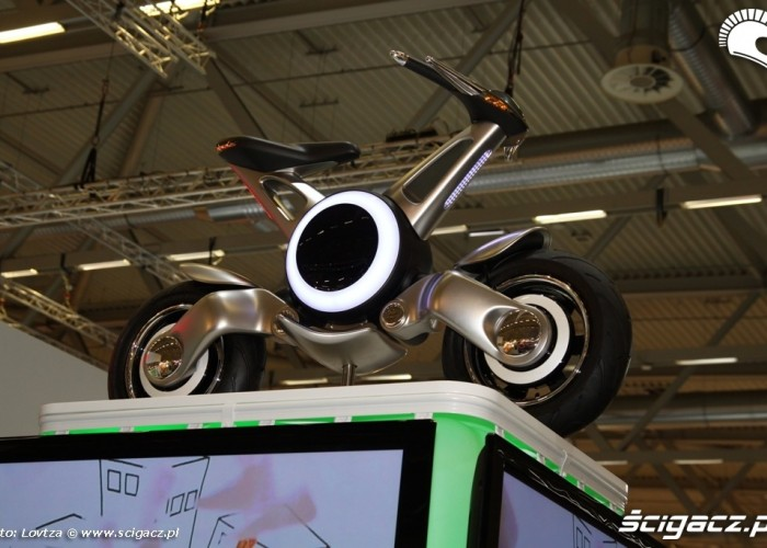 Concept Scooter Intermot 2011