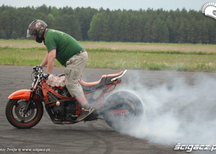 Burnout Adi