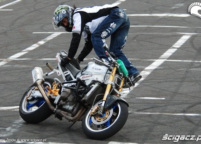 Kinoshita Shinsuke stunt rider