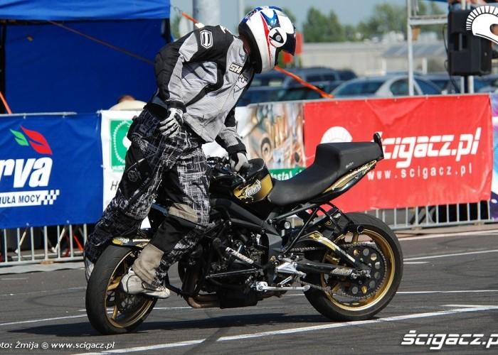 Stunt Julien Welsch Razerback