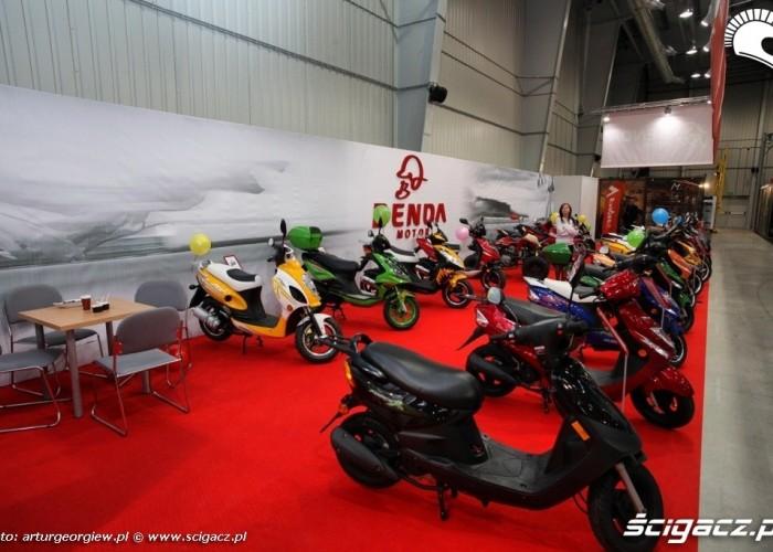 skutery dalekowschodnie Targi Motocyklowe w Warszawie - III Ogolnopolska Wystawa Motocykli i Skuterow 2011