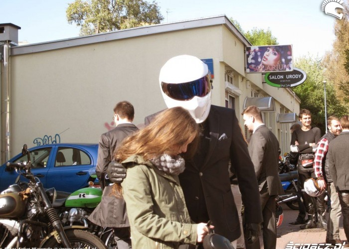 bialy kask DGR 2014