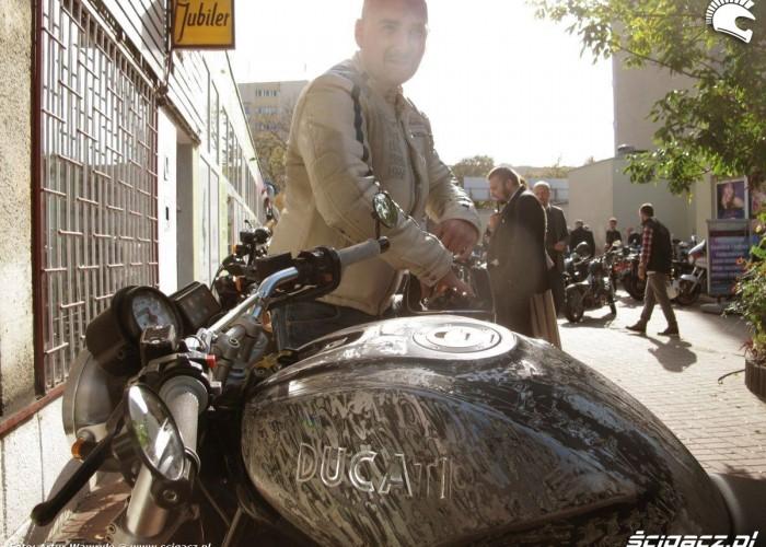 motocykl Ducati DGR 2014