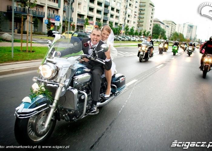 Slub na motocyklu Basia Wojtek i ekipa