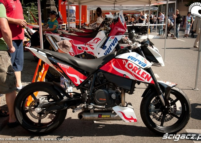 KTM Duke Street Racing