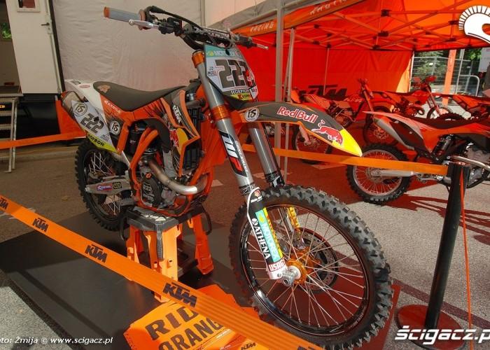 KTM Tony Cairoli bike