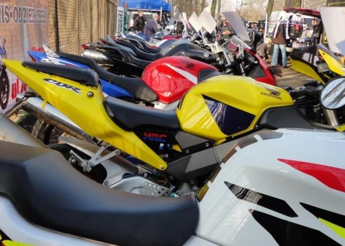 honda motocykle warszawski bazar motocyklowy - 13 marca poczatek sezonu